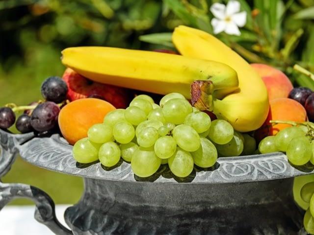 Грешка която всички правят при яденето на плодове