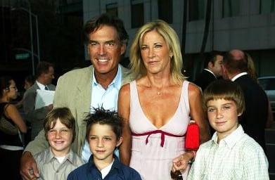 Крис Евърт с Анди Мил и децата, 2004